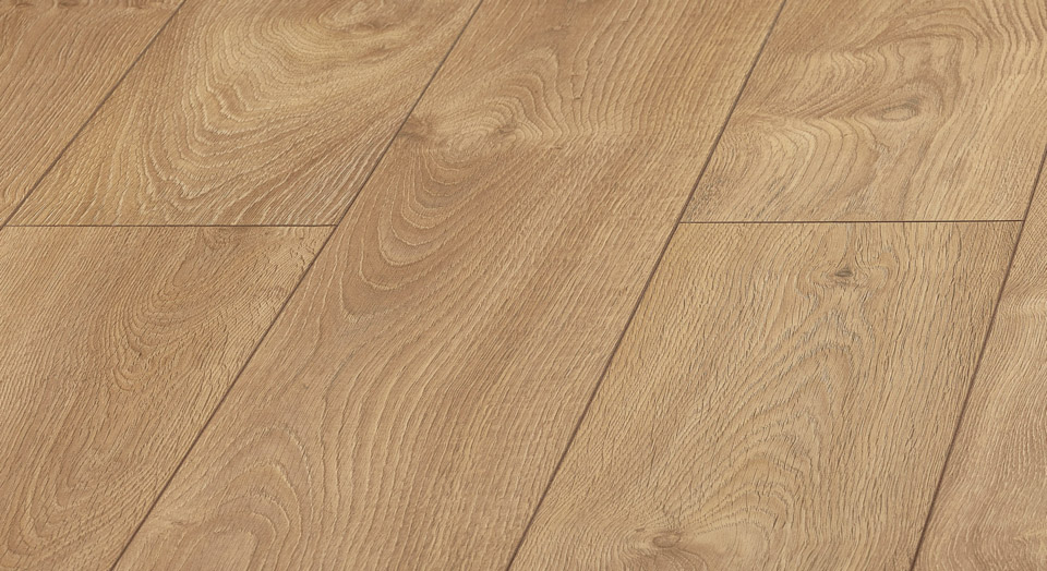 panele dobrze imitujące drewno