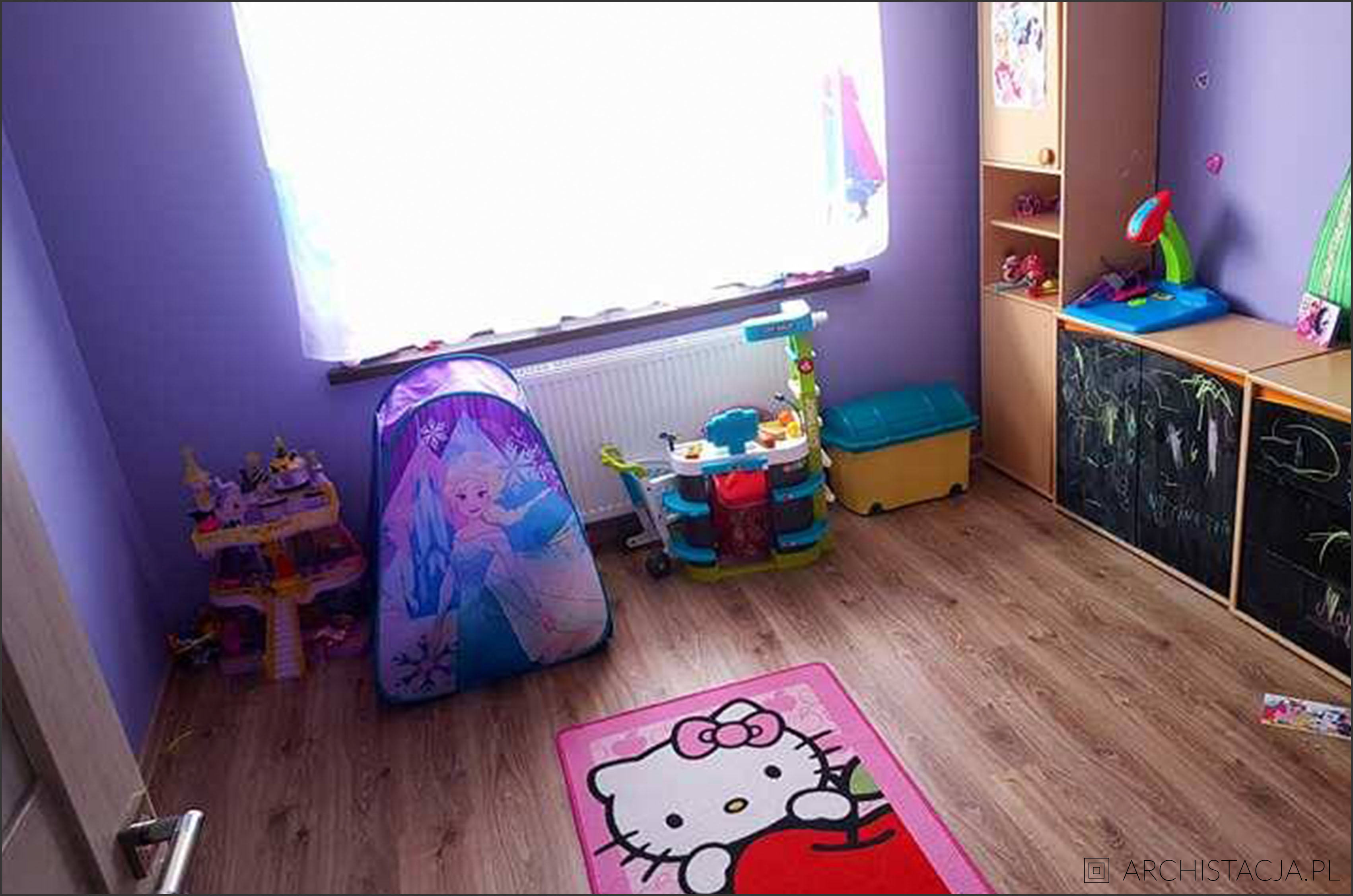 pokój małej artystki