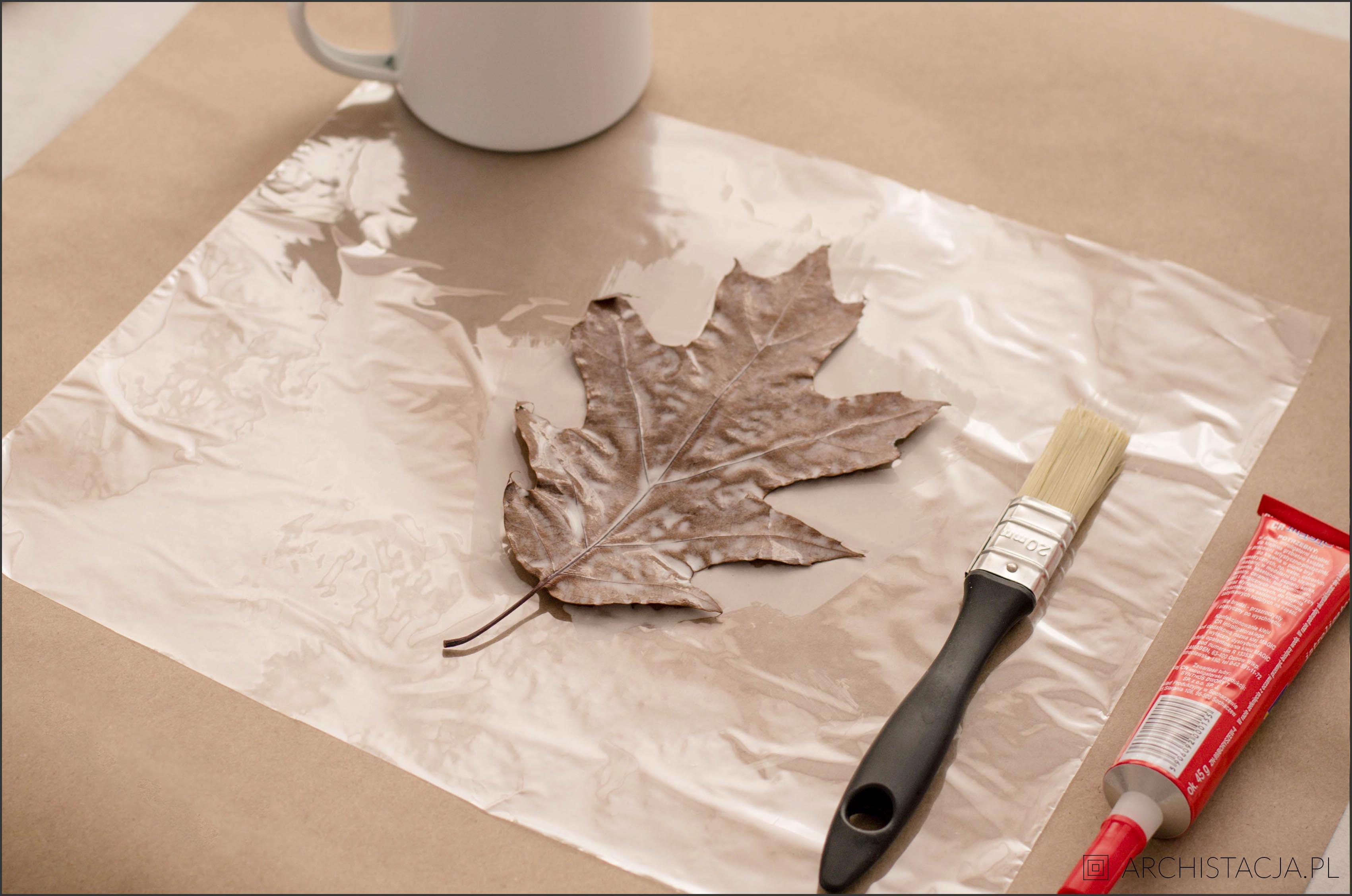 wianek z liści